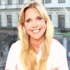 Rebecka Lundin (Multi Entrepreneur & Soucing Manager)